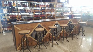Reef Gateway Cellarbrations Superstore Counter - By Open Projects - Gold Coast / Brisbane Shopfitting
