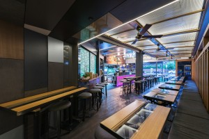 Apple Tango Woolloongabba Dining - By Open Projects - Gold Coast / Brisbane Shopfitting